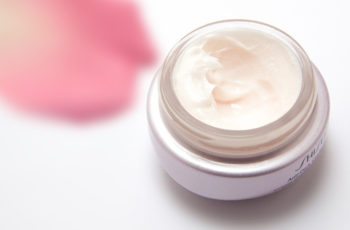 cream skin care eye cream