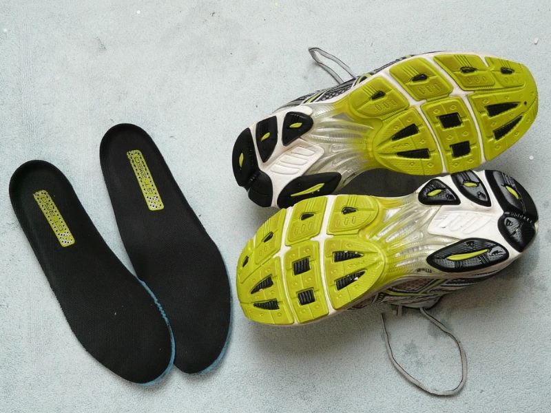 black insoles for shoes